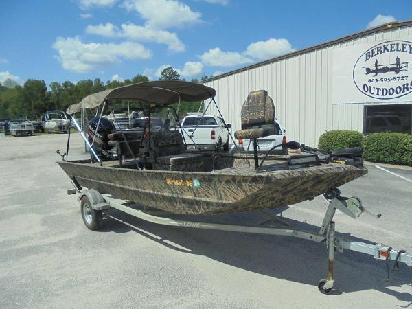2016 Lowe boat for sale, model of the boat is Roughneck 1860 CC & Image # 2 of 23