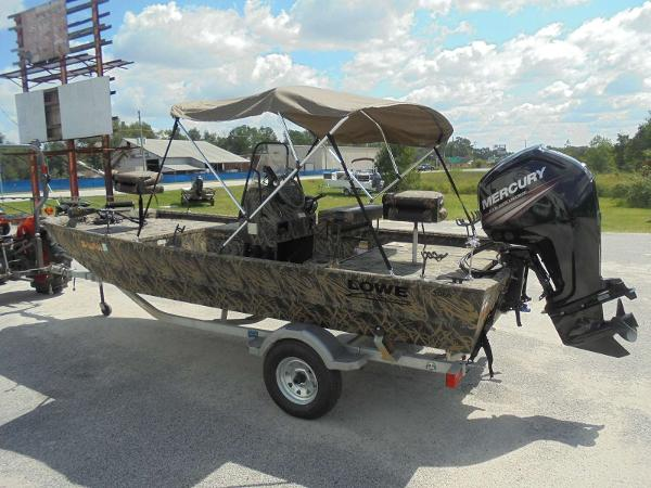 2016 Lowe boat for sale, model of the boat is Roughneck 1860 CC & Image # 22 of 23