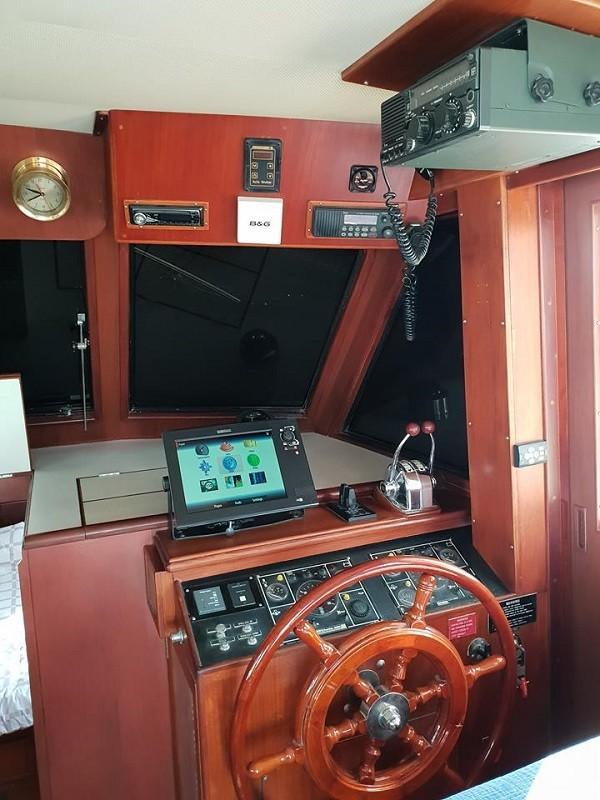 Island Gypsy 36 motor yacht-15