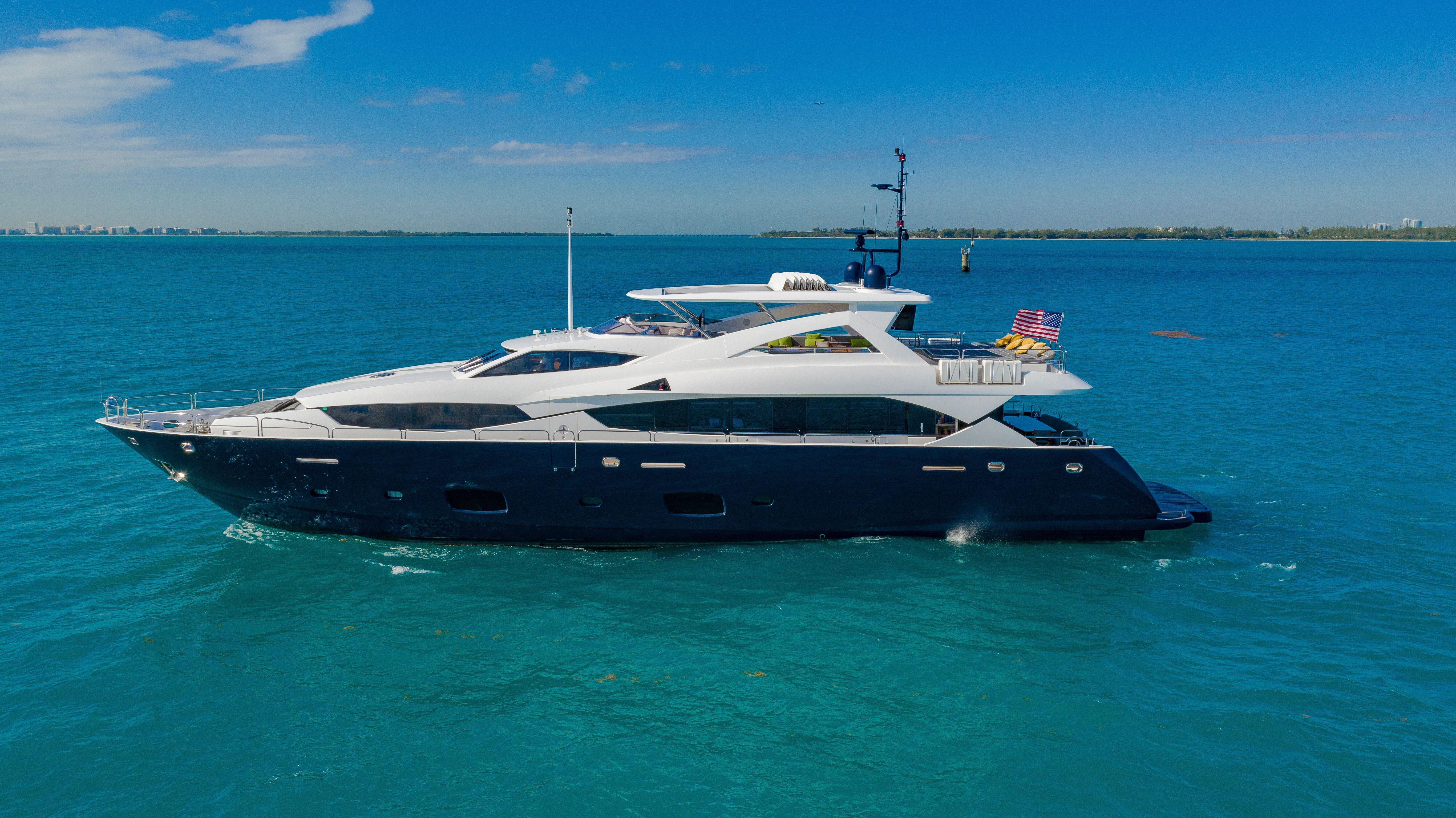 112 ft Sunseeker 34 Metre Yacht