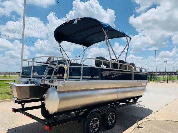 2021 Ranger Boats boat for sale, model of the boat is Reata 200F & Image # 5 of 32