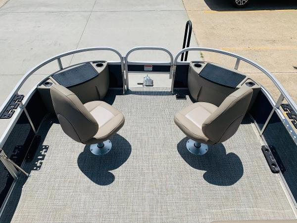 2021 Ranger Boats boat for sale, model of the boat is Reata 200F & Image # 9 of 32