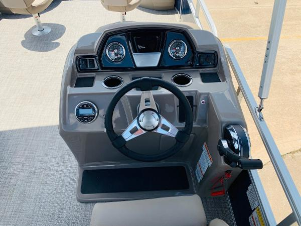 2021 Ranger Boats boat for sale, model of the boat is Reata 200F & Image # 22 of 32