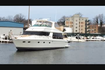 Carver 570 Voyager Pilothouse video