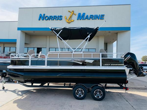 2021 Ranger Boats boat for sale, model of the boat is Reata 200F & Image # 2 of 34