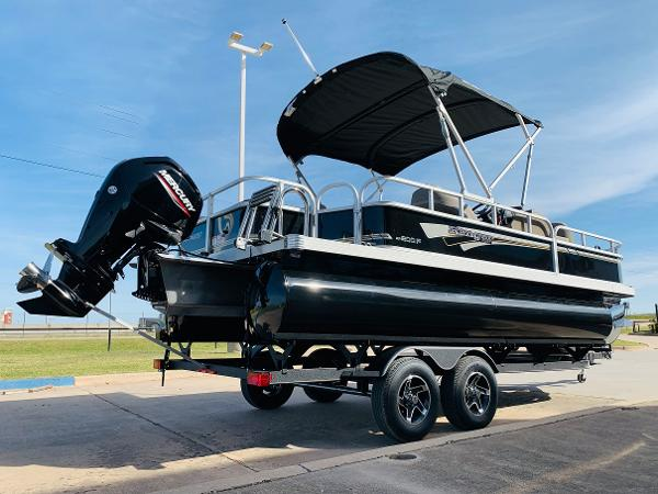 2021 Ranger Boats boat for sale, model of the boat is Reata 200F & Image # 5 of 34