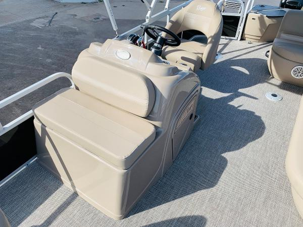 2021 Ranger Boats boat for sale, model of the boat is Reata 200F & Image # 16 of 34