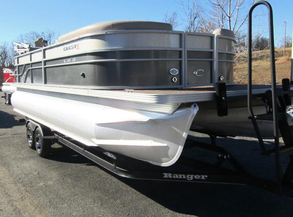 2015 CREST II 230 for sale