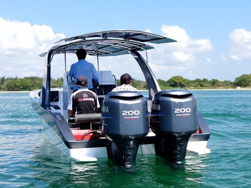 29 ft Centre Console Sports Boat engines