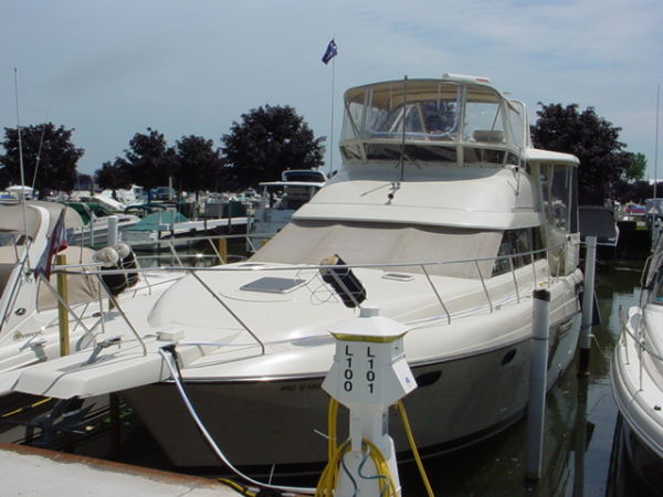 Silverton 41 Aft Cabin Motor Yachts. Listing Number: M-3220060