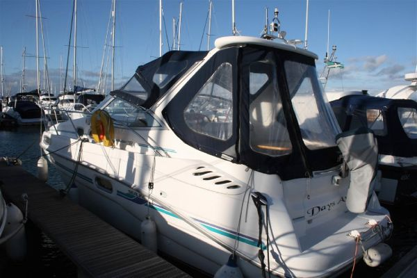 Sealine S28 Sports Cruiser boat for sale