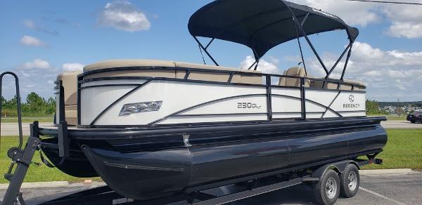 2021 Regency boat for sale, model of the boat is 230 DL3 & Image # 1 of 13