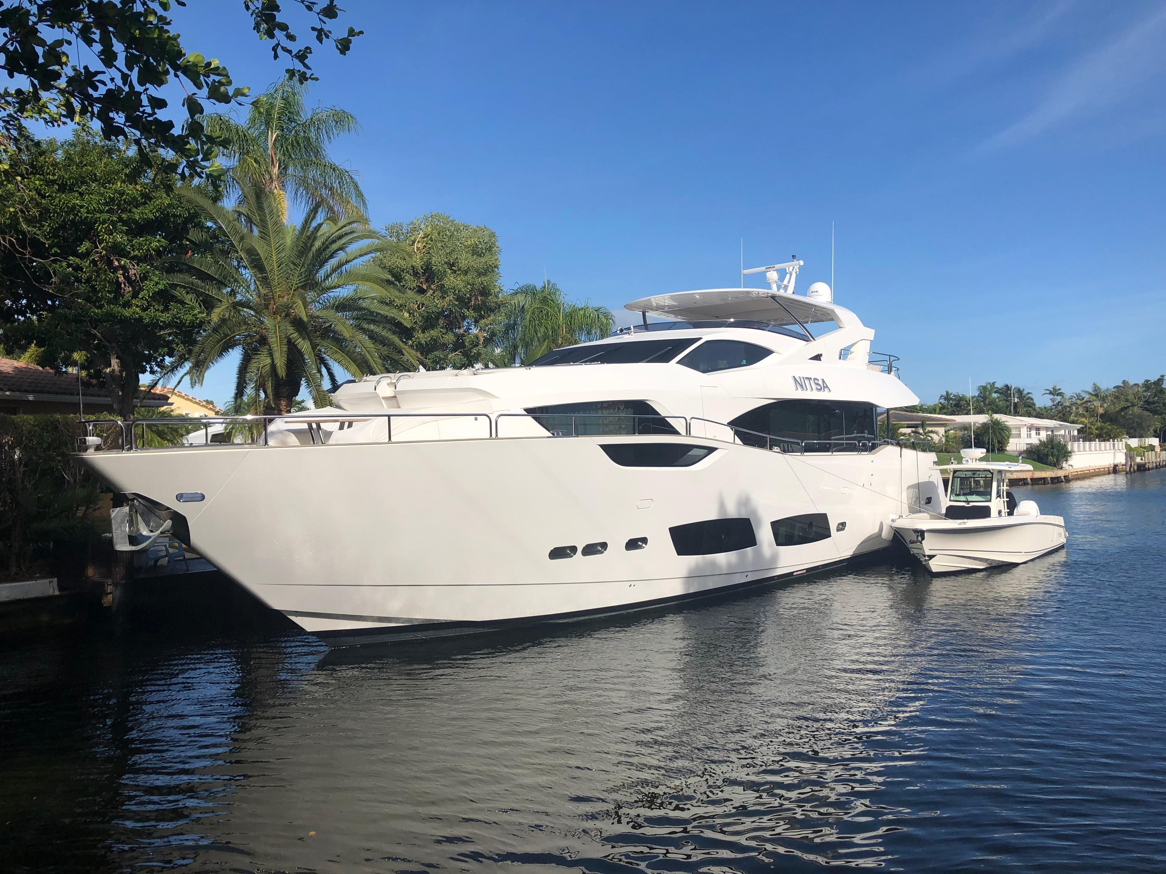 95 ft Sunseeker 95 Yacht
