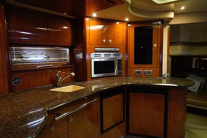 Sea Ray 420 Sundancer - Galley 6