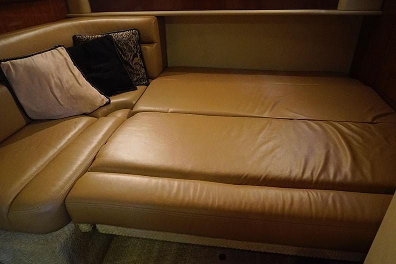 Sea Ray 420 Sundancer - Mid-cabin 3