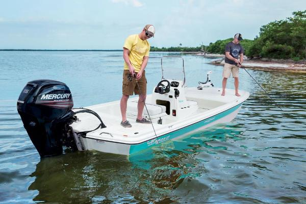 2017 Mako boat for sale, model of the boat is Pro Skiff 19 CC & Image # 2 of 33