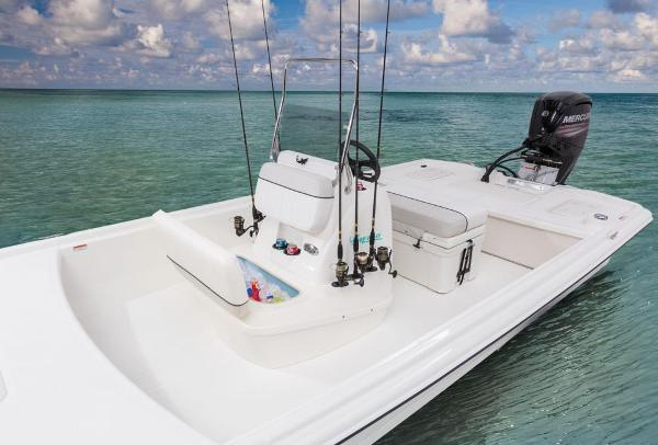 2017 Mako boat for sale, model of the boat is Pro Skiff 19 CC & Image # 10 of 33