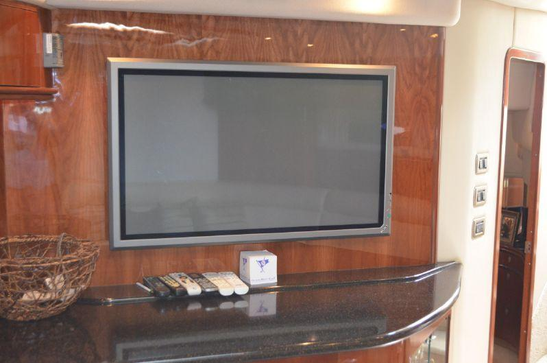 Salon FlatScreen TV