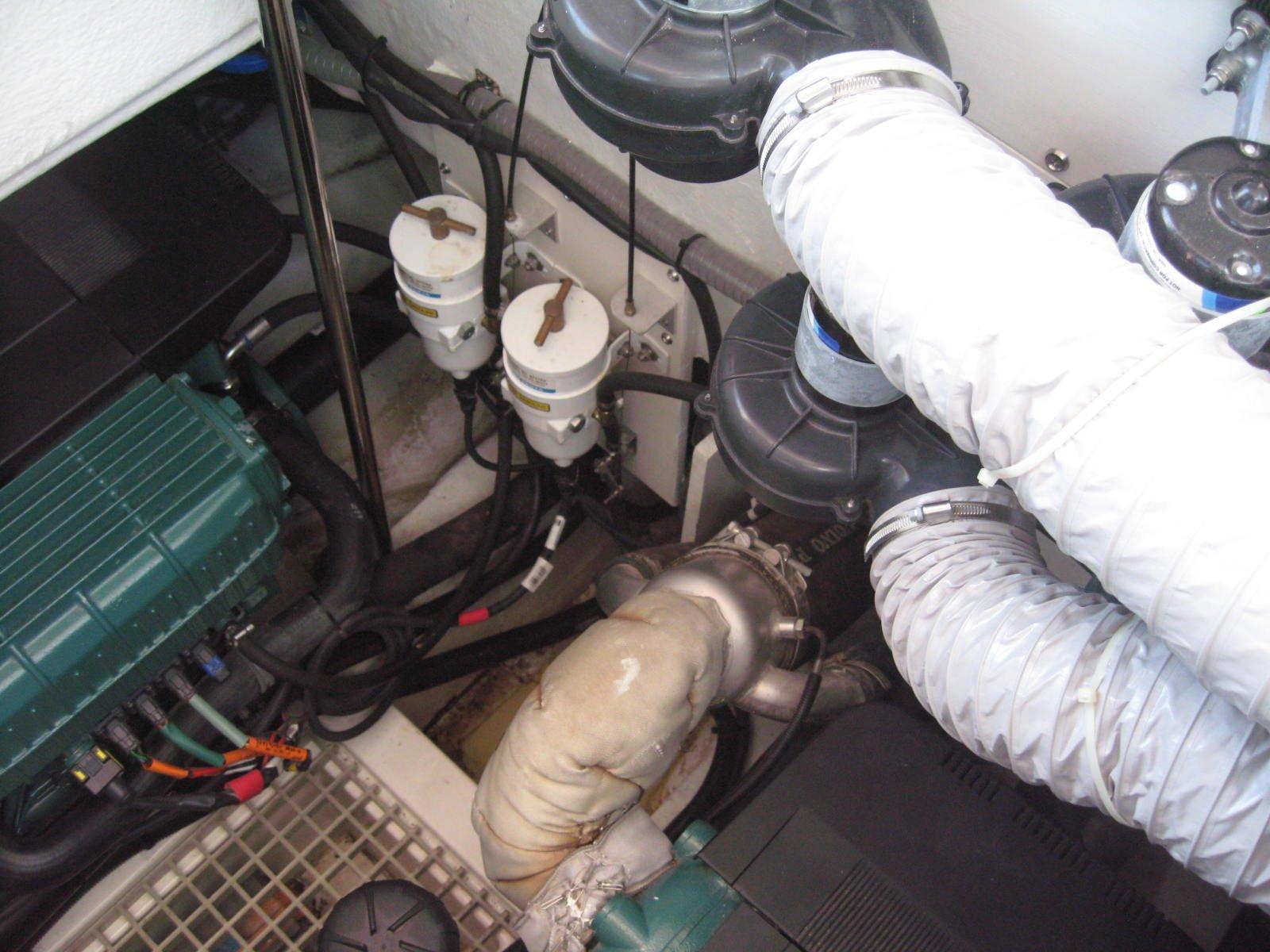 Sealine F450 Engine