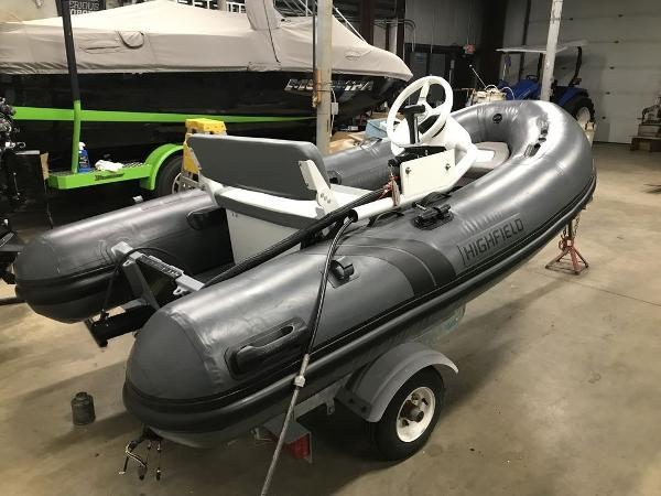 2019 Highfield boat for sale, model of the boat is CL 310BL & Image # 6 of 7