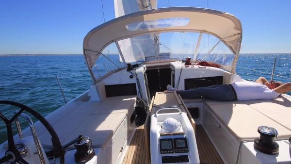 Jeanneau 440 BoatsalesListing Connecticut