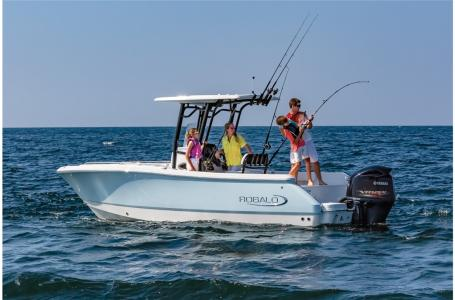 2021 Robalo boat for sale, model of the boat is R230 & Image # 12 of 23
