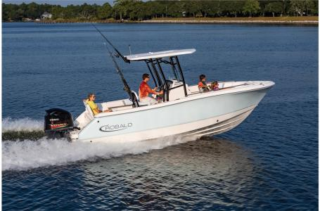 2021 Robalo boat for sale, model of the boat is R230 & Image # 13 of 23
