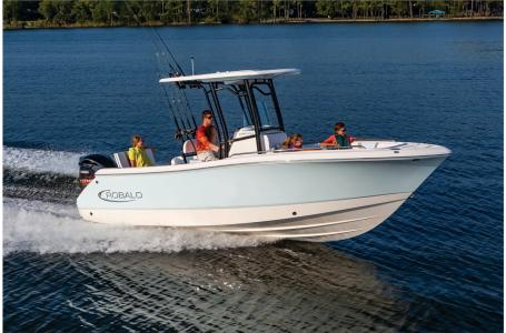 2021 Robalo boat for sale, model of the boat is R230 & Image # 15 of 23