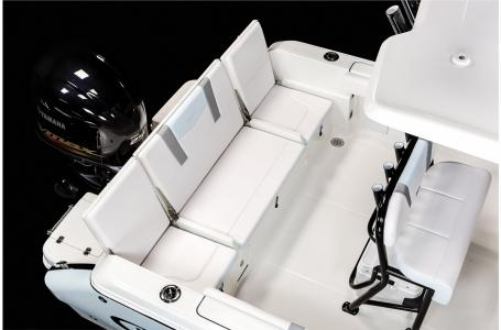2021 Robalo boat for sale, model of the boat is R230 & Image # 17 of 23