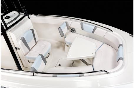 2021 Robalo boat for sale, model of the boat is R230 & Image # 5 of 23