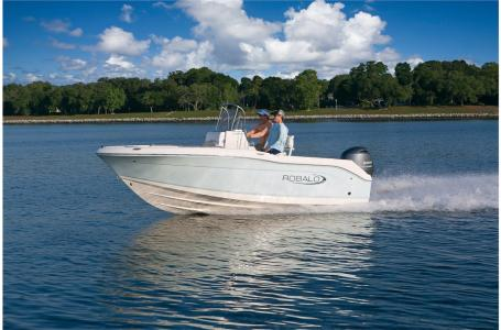 2021 Robalo boat for sale, model of the boat is R180 & Image # 8 of 23