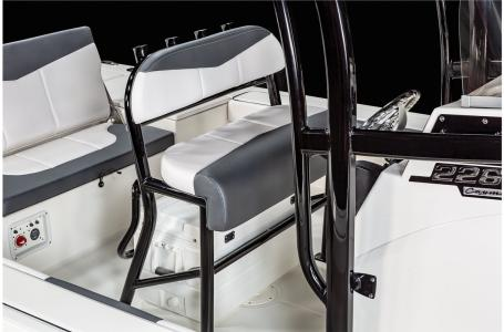 2021 Robalo boat for sale, model of the boat is 226 Cayman & Image # 14 of 18