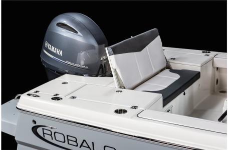 2021 Robalo boat for sale, model of the boat is 226 Cayman & Image # 8 of 18