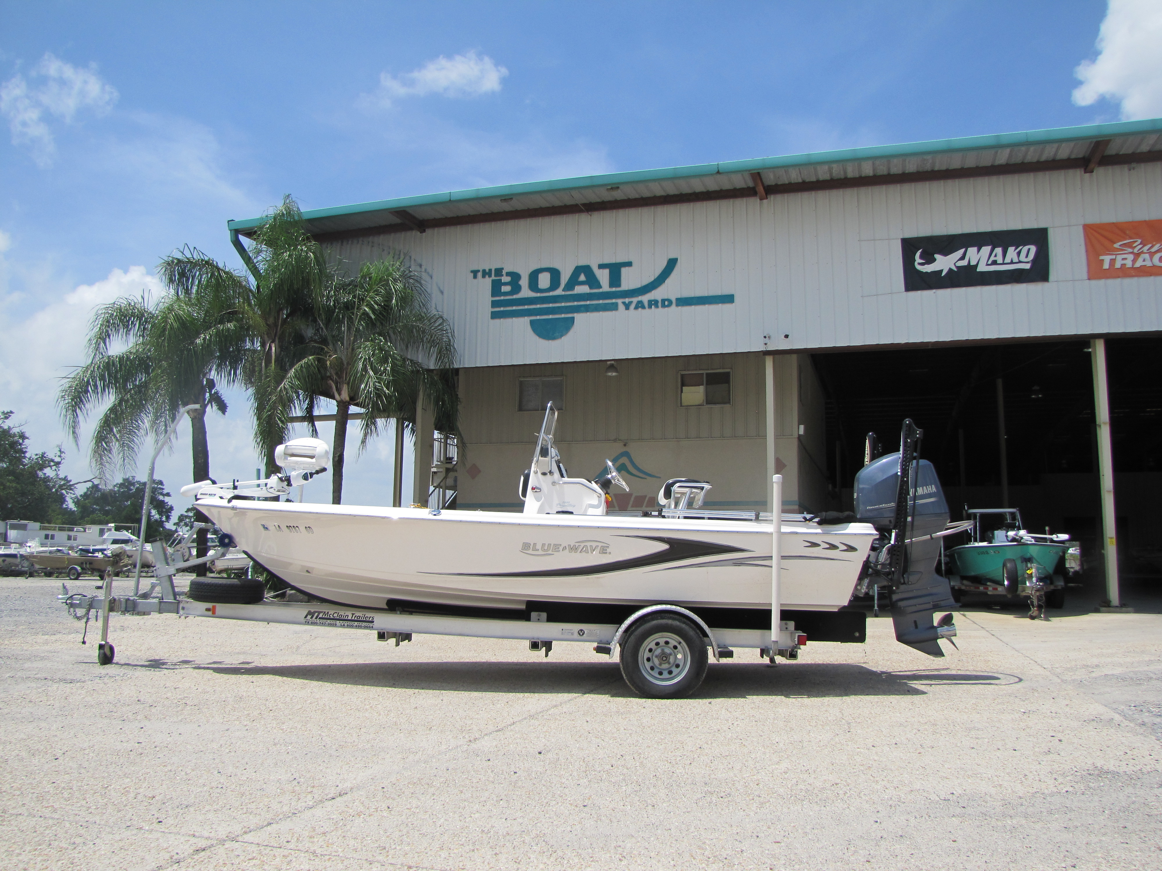 2014 Blue Wave boat for sale, model of the boat is 2000 & Image # 1 of 15