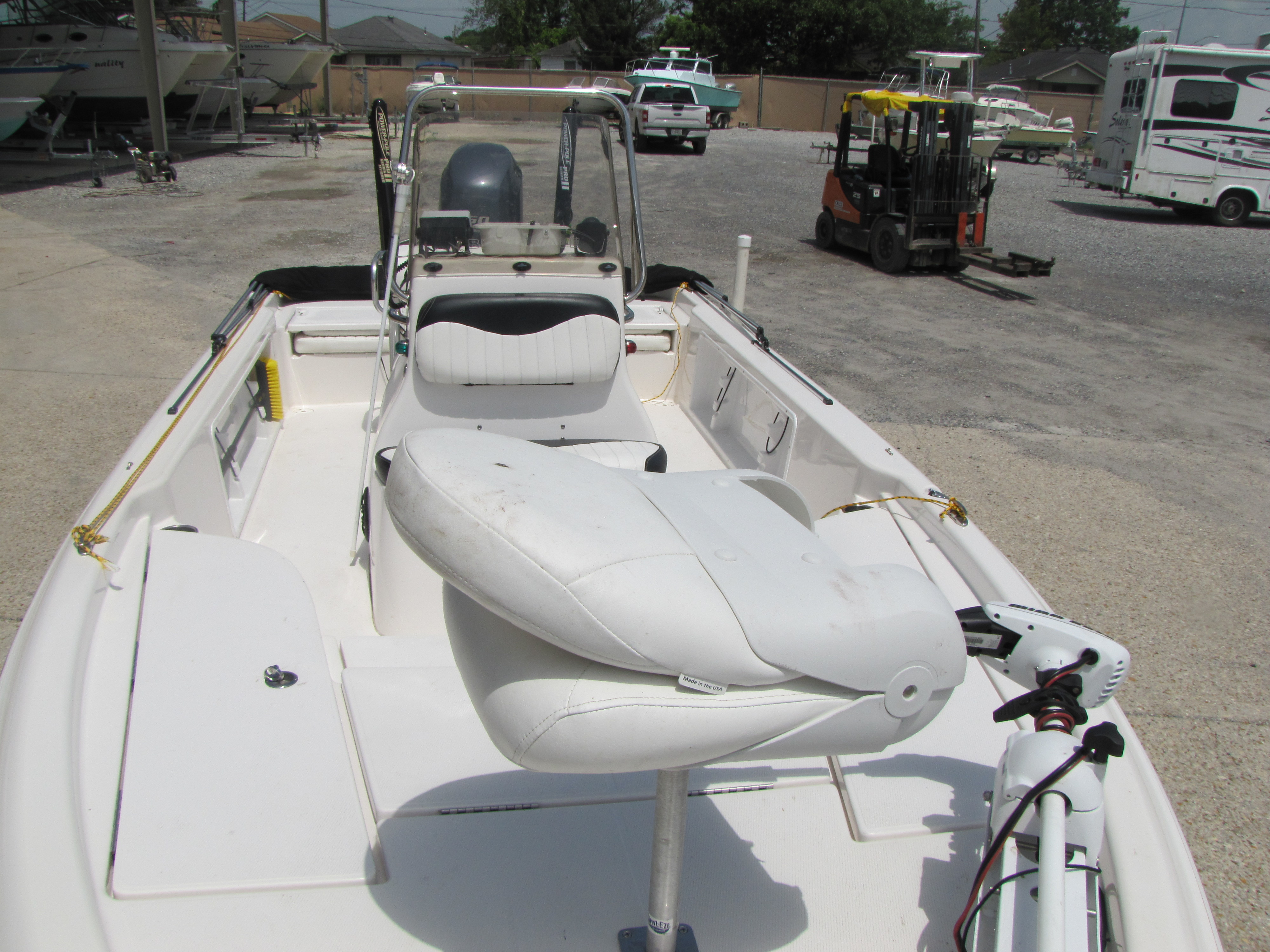 2014 Blue Wave boat for sale, model of the boat is 2000 & Image # 12 of 15