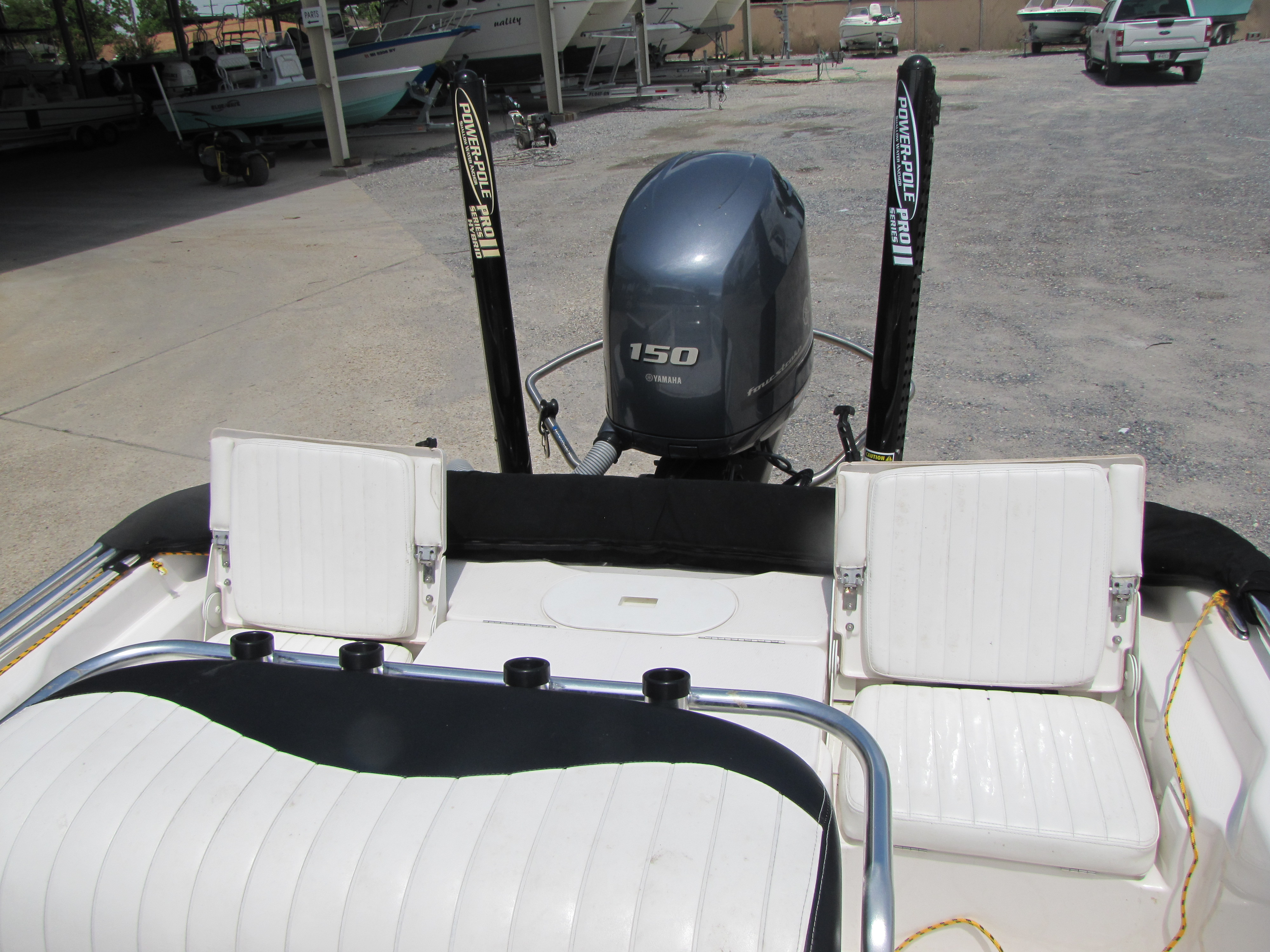 2014 Blue Wave boat for sale, model of the boat is 2000 & Image # 7 of 15