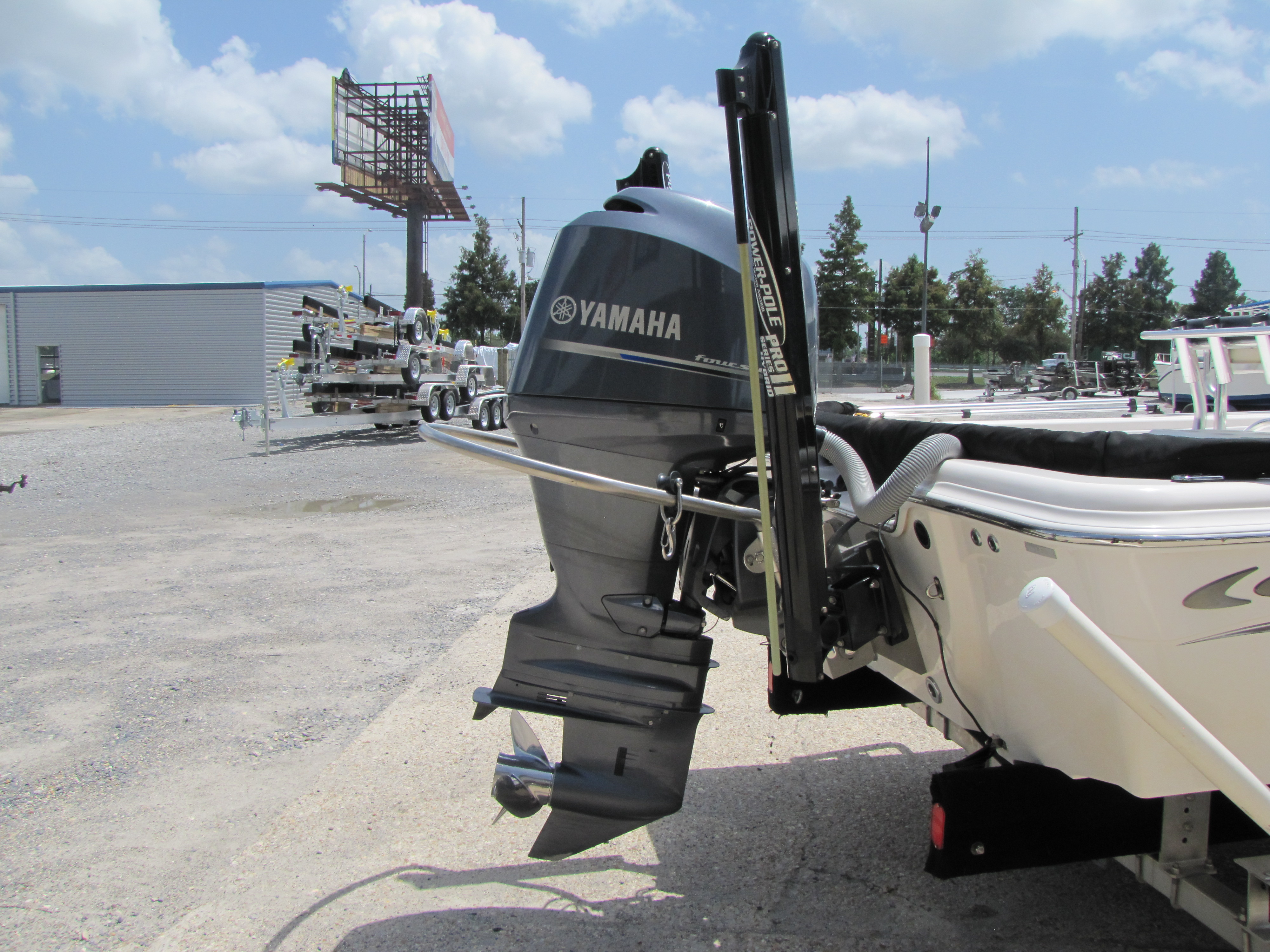 2014 Blue Wave boat for sale, model of the boat is 2000 & Image # 9 of 15