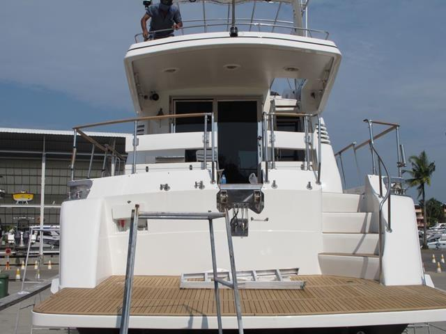 Monte Fino 65 Aft Cockpit