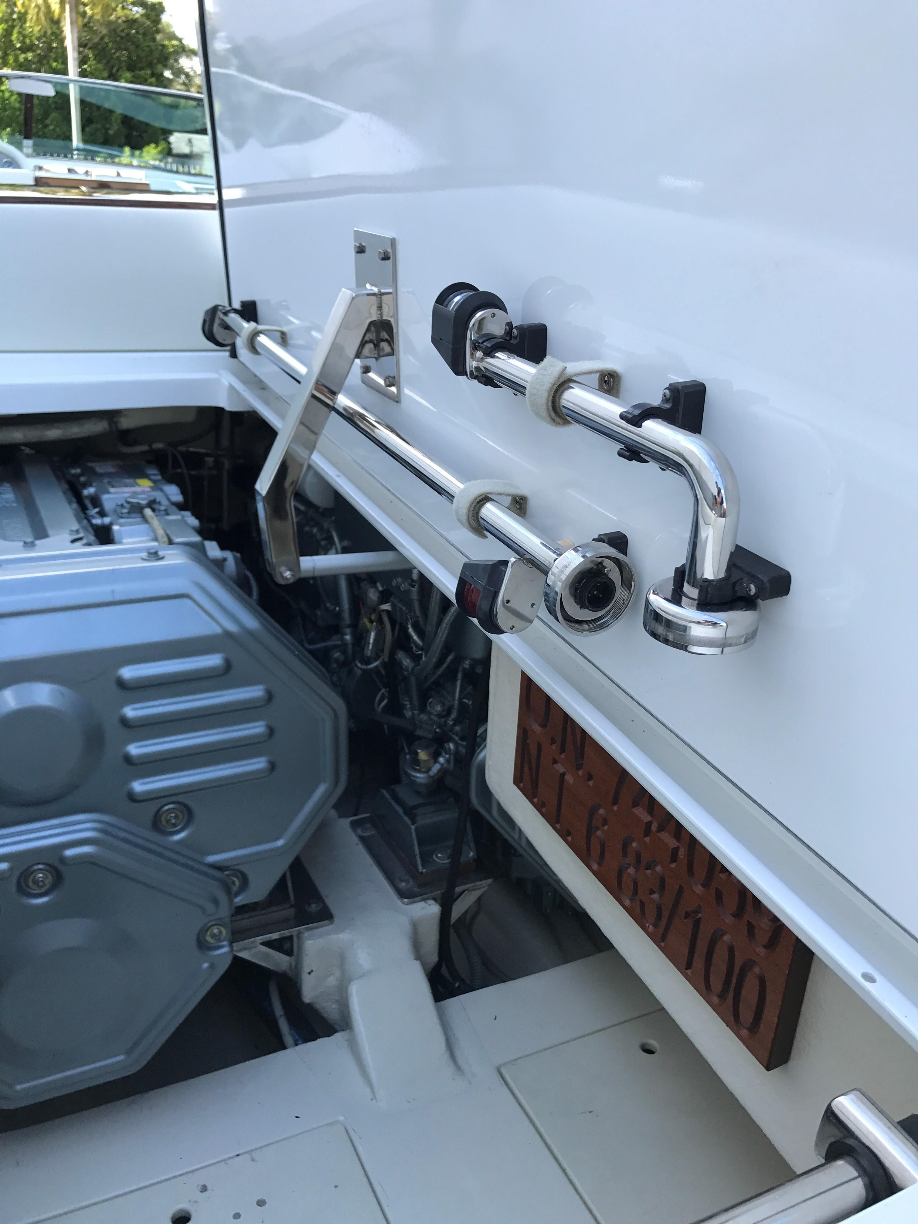 2012 Riva 33 Aquariva Gucci - Engine Hatch Open