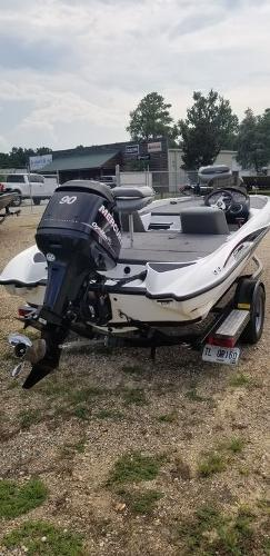 2010 Triton boat for sale, model of the boat is EXPLORER 17 & Image # 5 of 5