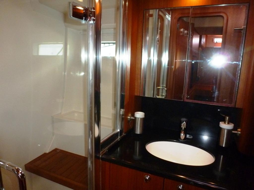 Ensuite master head with separate shower