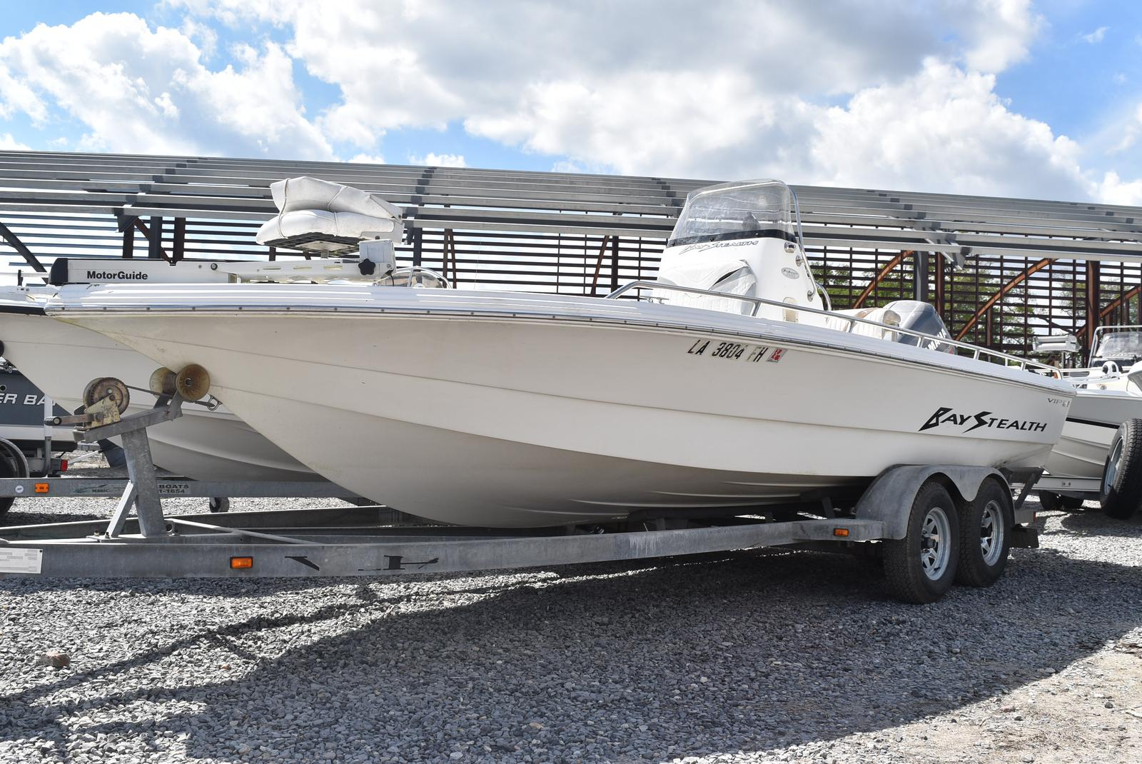 2002 Bay Stealth boat for sale, model of the boat is 2230 Bay & Image # 1 of 6