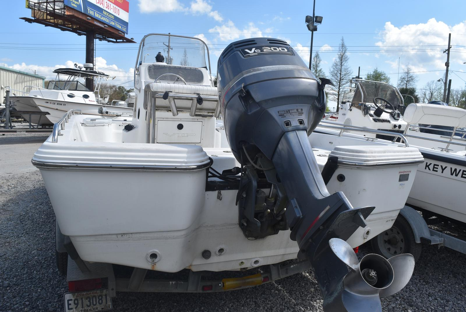 2002 Bay Stealth boat for sale, model of the boat is 2230 Bay & Image # 6 of 6