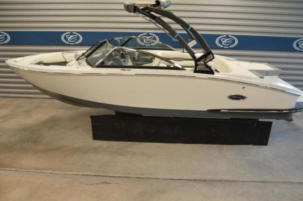 2019 COBALT BOATS CS23 for sale