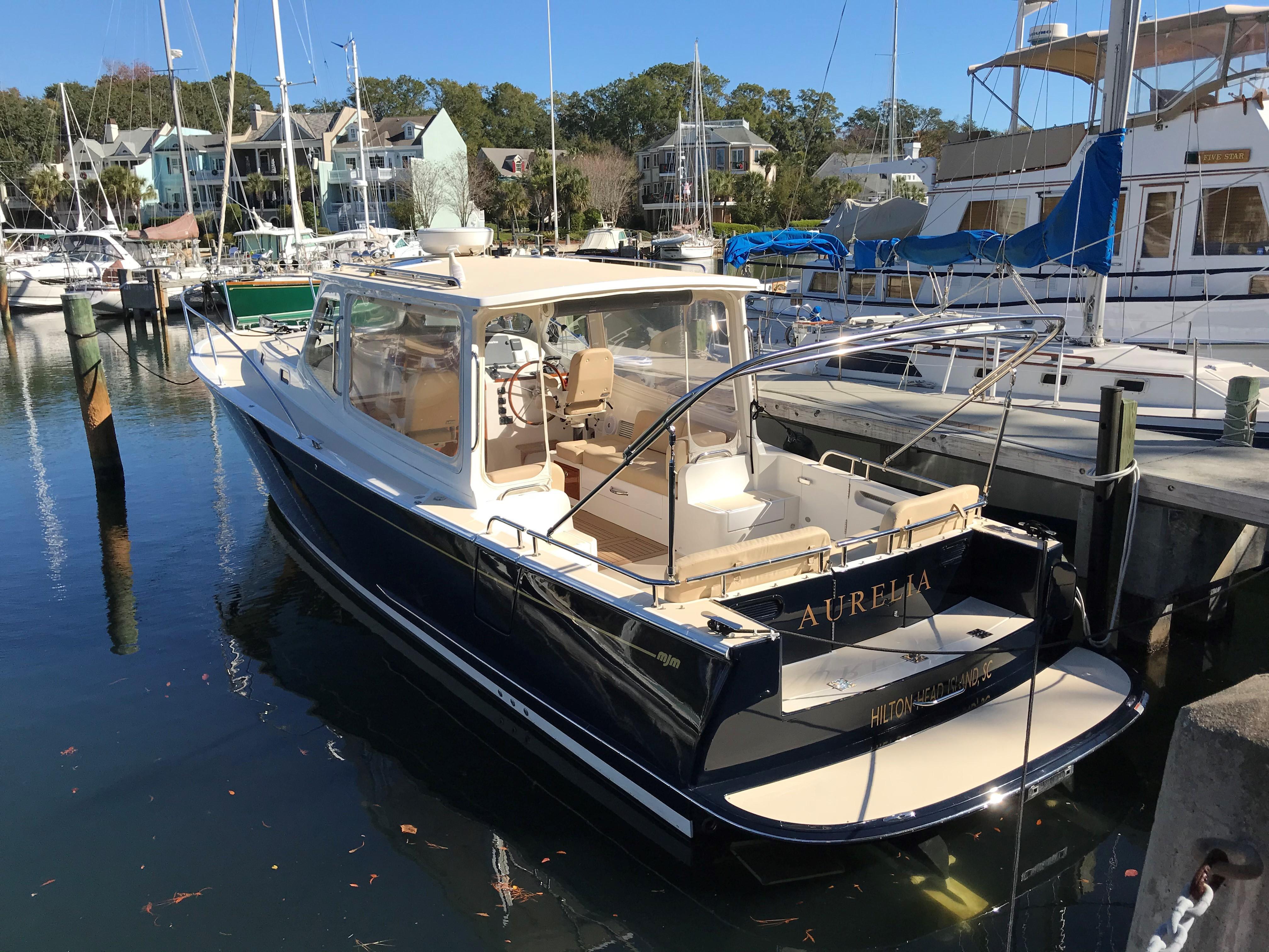 39' MJM Yachts 2015