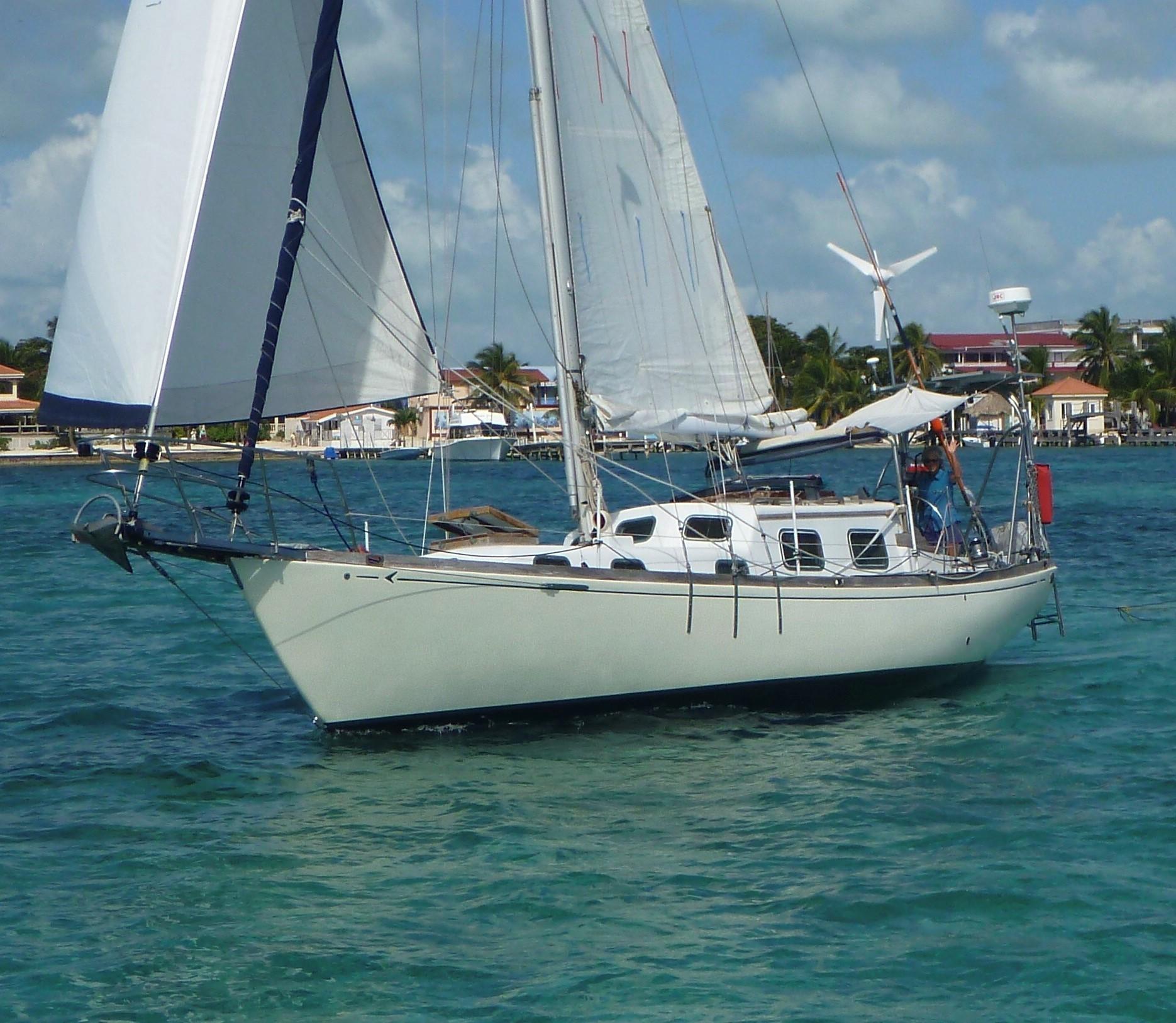 36' Seafarer 1971 36C Rhodes Sloop