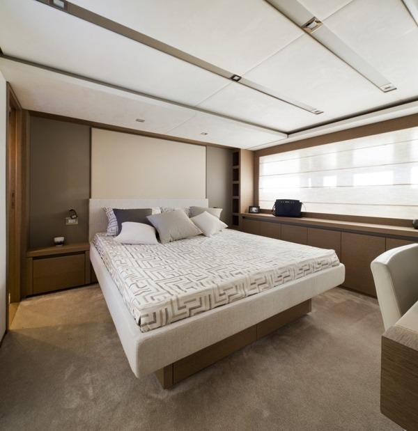 helloPrestige 750 Vip Cabin