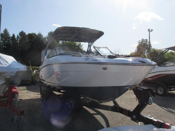 2020 Yamaha boat for sale, model of the boat is 242 Limited S E-Series & Image # 2 of 43