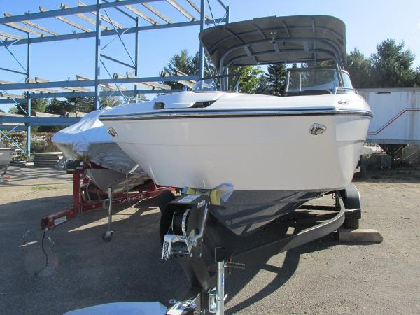 2020 Yamaha boat for sale, model of the boat is 242 Limited S E-Series & Image # 3 of 43