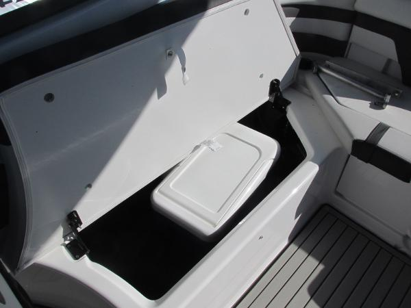 2020 Yamaha boat for sale, model of the boat is 242 Limited S E-Series & Image # 23 of 43